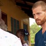 Médico que ficou à beira da morte por contrair ebola volta à África para evangelizar